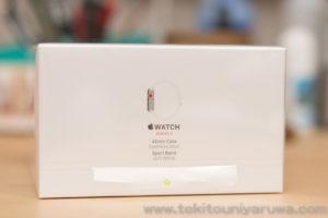 Apple Watch Series 3 GPS + Cellular ステンレス スポーツバンドの箱側面