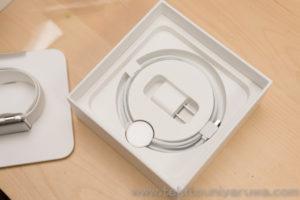 Apple Watch Series 3 GPS + Cellular ステンレス スポーツバンドの箱と充電器