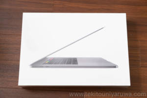MacBook Pro 2018 箱