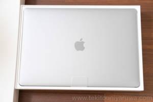 MacBook Pro 2018 本体
