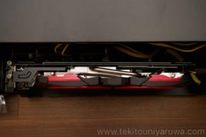 Akitio NodeにMSIのRADEON RX 580 ARMOR MK2 8G OCを取り付けて真上から