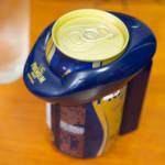 神泡サーバーをプレミアムモルツの缶にセット