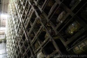 キリンの倉庫のウイスキー樽